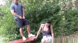 Outdoorsex - mear y follar en el parque