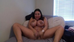 Ava Devine shows it ALL!